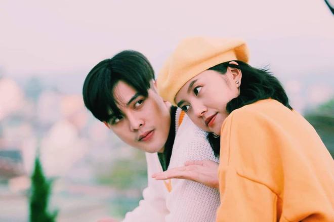 Tiết lộ bất ngờ về thân thế của hot boy giao nước đá trong web drama đang sốt xình xịch - Ảnh 10.