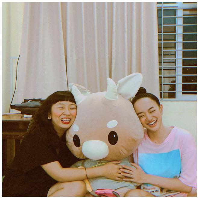 Tưởng là một bầu trời đối lập mà Kaity Nguyễn và Trang Hý lại chơi thân với nhau ghê - Ảnh 3.