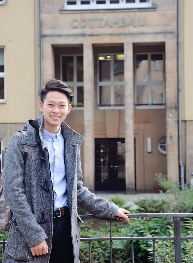 Cậu bạn Hà Nội đẹp trai, giành học bổng du học 5 quốc gia trên thế giới, là thủ khoa đầu vào và tốt nghiệp đại học với số điểm cao nhất - Ảnh 11.