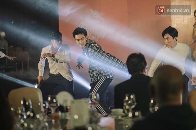 Gala Gặp Gỡ Mùa Thu 2018: Charlie Nguyễn, Lê Thanh Sơn và Phan Gia Nhật Linh gọi tên dự án Trai Đẹp Cho Thuê - Ảnh 3.