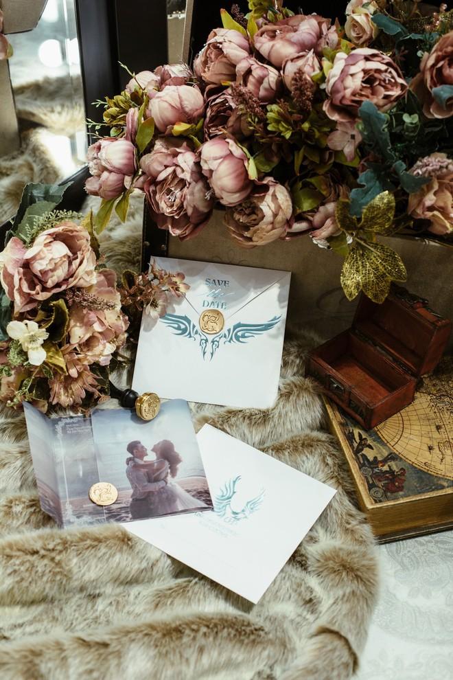 Ưng Hoàng Phúc - Kim Cương tự tay viết thiệp cưới, chuẩn bị cho ngày trọng đại vào 1/12 tới - Ảnh 3.