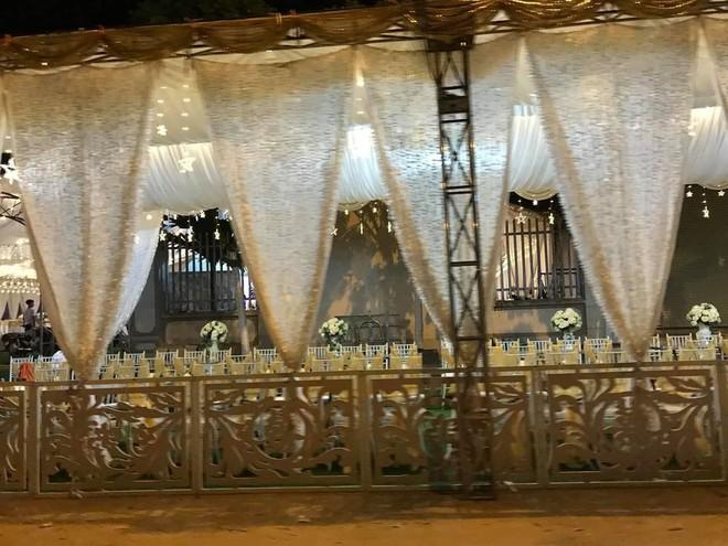 Xôn xao rạp cưới khủng được trang hoàng lộng lẫy trị giá hơn 800 triệu, dùng 100% hoa tươi ở Vĩnh Phúc - Ảnh 3.