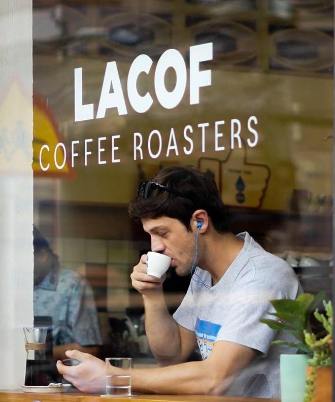 3 quán cà phê theo phong cách industrial tại Sài Gòn: Vừa lên hình đẹp, vừa có nhiều món nước ngon rất đáng thử! - Ảnh 10.