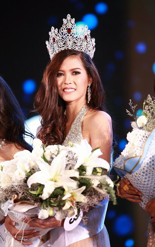 Lào: Những cô nàng hot girl nổi tiếng nhất nước Lào