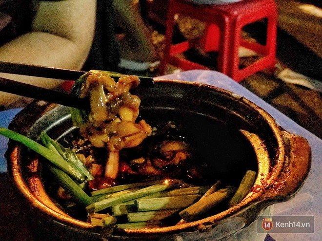 Thời tiết Hà Nội mấy ngày này rất hợp để đi ăn một loạt món vừa cay vừa ấm nóng du nhập từ nước ngoài về - Ảnh 7.