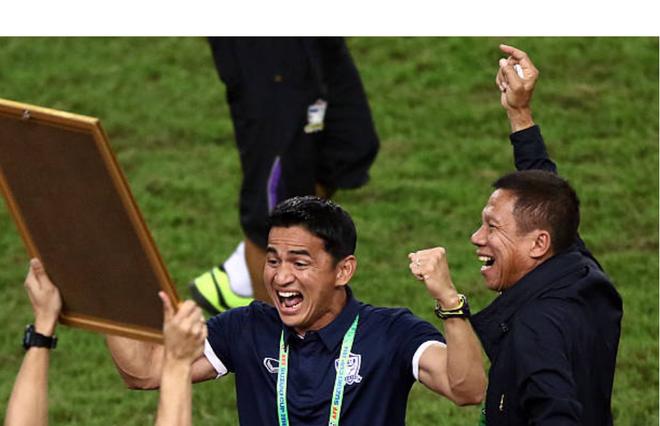 """Huyền thoại bóng đá Thái Lan Kiatisuk: """"Việt Nam hiện tại quá hay, 99% sẽ vô địch AFF Cup 2018"""" - Ảnh 1."""
