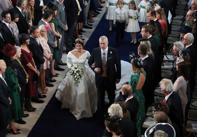Tổng hợp những lễ cưới rình rang hoành tráng nhất thế giới năm 2018 - Ảnh 11.