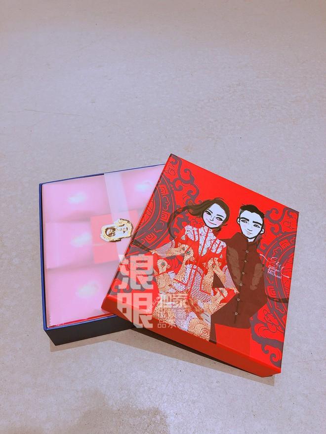 Hé lộ dàn phù dâu xinh đẹp cùng quà tặng khách mời cực độc tham dự đám cưới của Chung Hân Đồng ngày 20/12 - Ảnh 8.