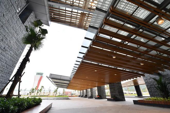 Chùm ảnh: Cận cảnh sân bay hiện đại nhất Việt Nam trị giá gần 8.000 tỷ đồng trước giờ khánh thành - Ảnh 3.