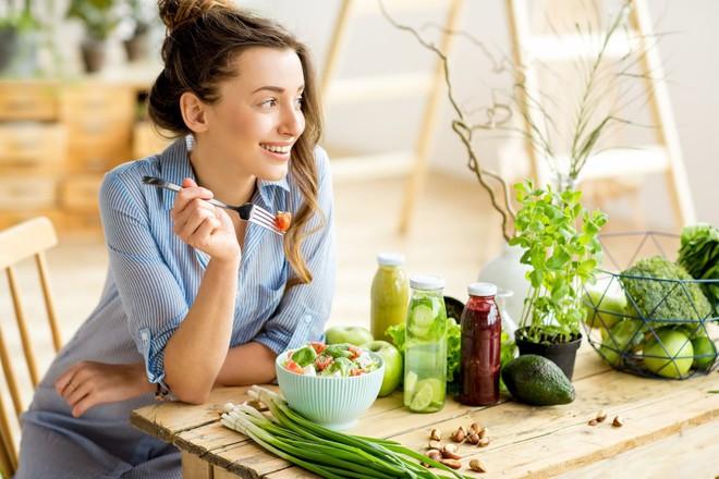 5 thay đổi nhỏ trong cuộc sống hàng ngày giúp bạn cải thiện sức khỏe của mình tốt hơn - Ảnh 5.