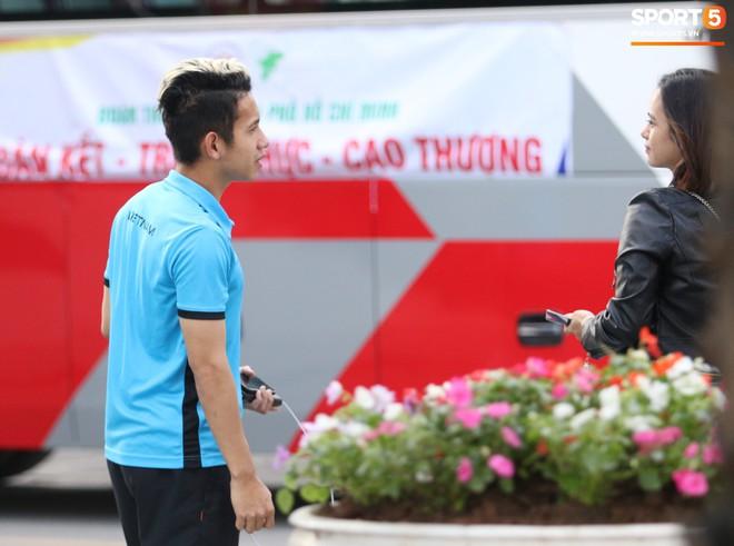 Tuyển Việt Nam bận rộn trong buổi sáng nghỉ ngơi hiếm hoi trước trận bán kết AFF Cup 2018 - Ảnh 10.