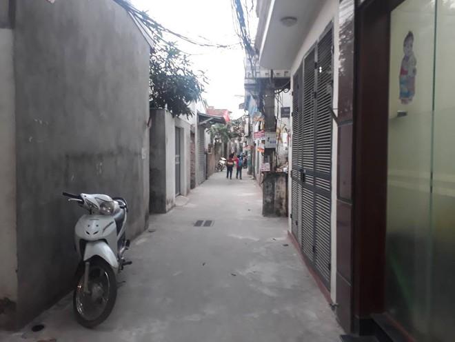 Đàn chó tấn công 2 học sinh tiểu học ở Hà Nội, một bé nhập viện vì bị cắn nhiều phát vào chân - Ảnh 4.