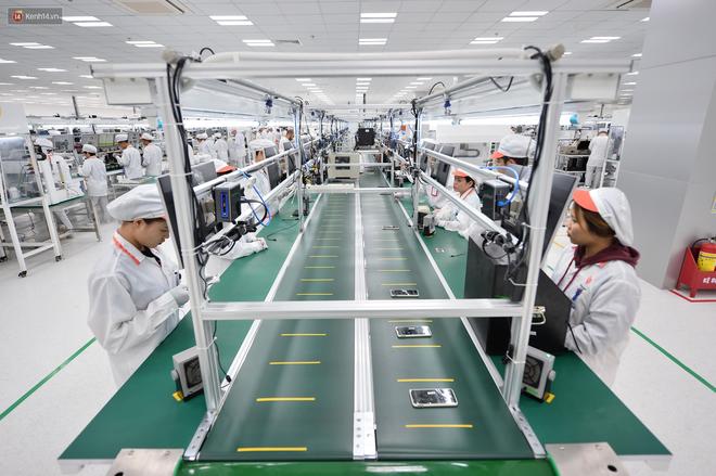 Đến thăm nhà máy sản xuất điện thoại Vsmart của Vingroup: Sang xịn mịn tiêu chuẩn quốc tế thế cơ mà! - Ảnh 2.