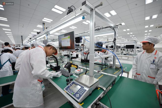 Nhà máy VinSmart - nơi sản xuất điện thoại Vsmart của Vingroup