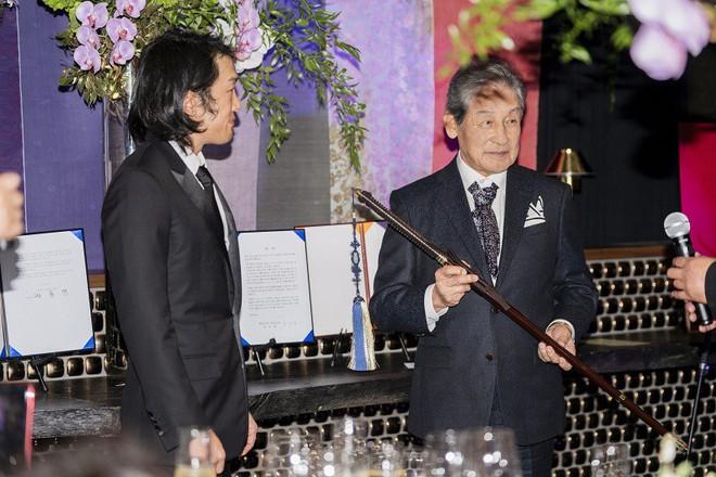 """""""Hoàng tử thất lạc"""" vừa được tấn phong của Hàn Quốc và câu chuyện đời ly kỳ như phim - Ảnh 3."""