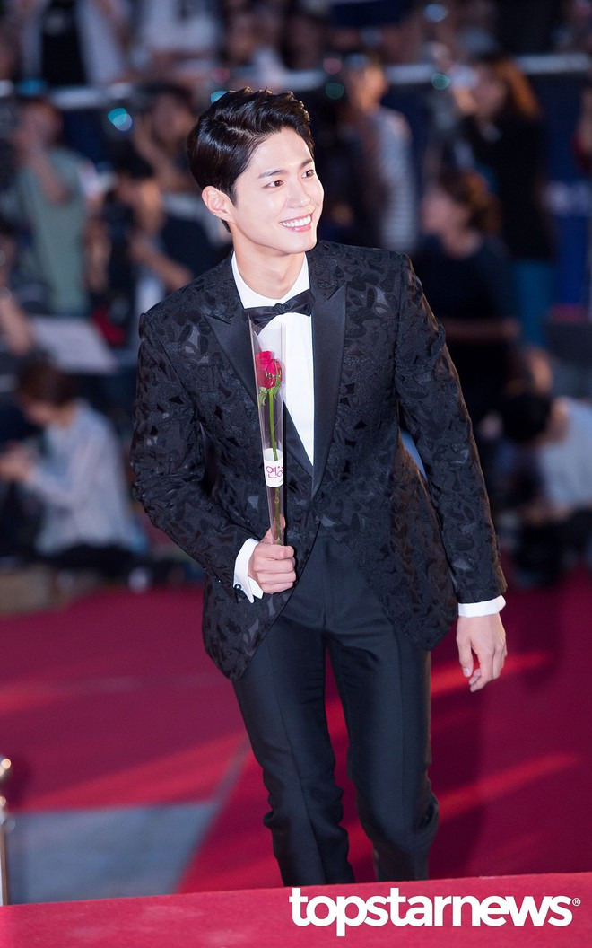 Choáng ngợp vì dàn host siêu khủng của 4 lễ trao giải Hàn cuối năm: MAMA mời bộ 3 tài tử, Park Min Young lộ diện - Ảnh 2.