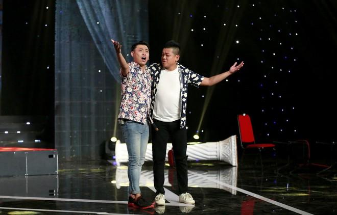 Cười xuyên Việt: Nhóm Những Chàng Trai gây bất ngờ với hài kịch kinh dị kết hợp Bolero - Ảnh 2.