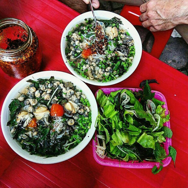 Những hàng bún ốc to béo, múp míp nổi danh từ lâu ở Hà Nội - Ảnh 5.