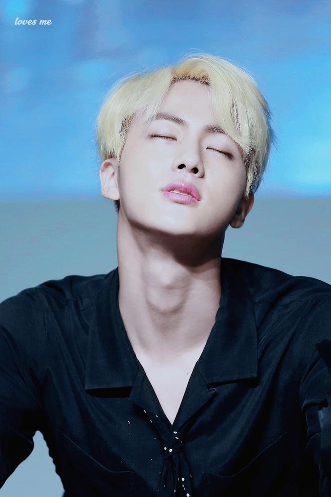 Đây là lý do tại sao người đồng tính Hàn Quốc điên cuồng vì mỹ nam hoàng tử của BTS - Ảnh 2.