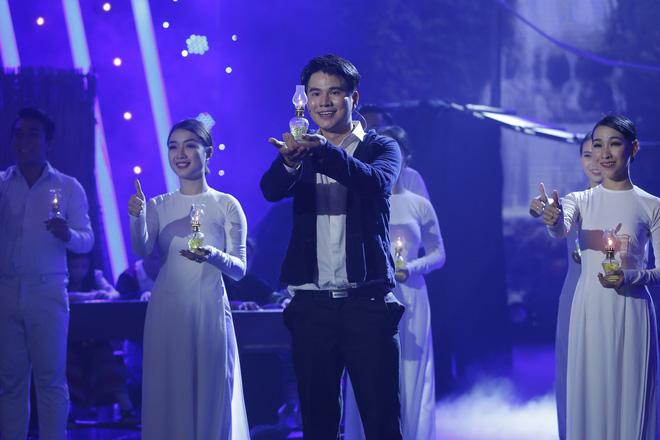Trưởng nhóm X-Pro - Hữu Tín giành ngôi Quán quân Người nghệ sĩ đa tài mùa 2 - Ảnh 10.