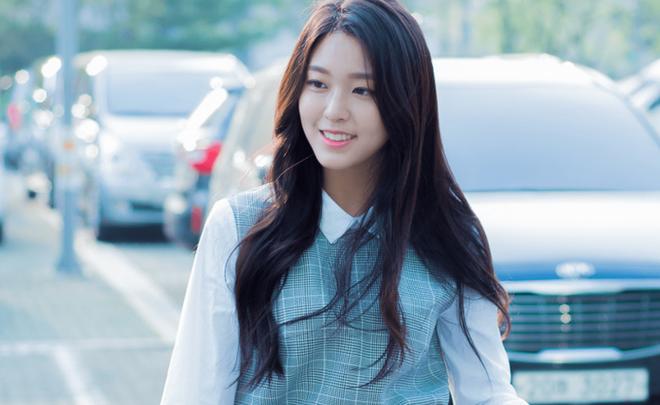 Seolhyun đổi tóc xù mì giống Sulli, nhưng liệu có xinh bằng Sulli không thì còn phải bàn - Ảnh 5.