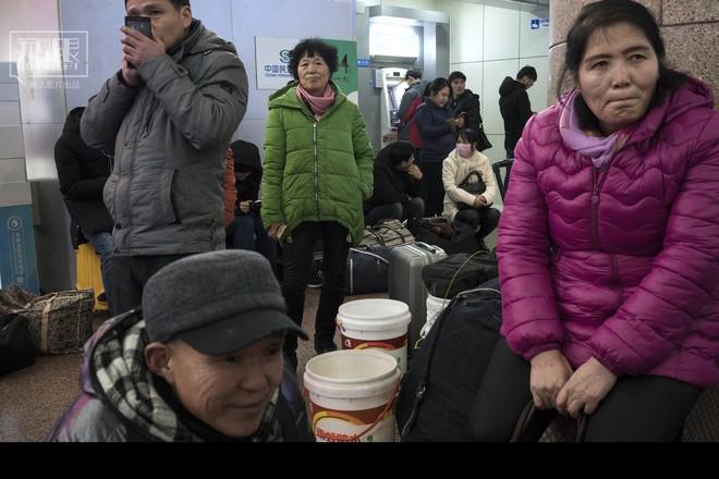 Những chuyến tàu cuối cùng về quê mùa Tết: Hành trình dài 26 tiếng từ Bắc Kinh về Thành Đô - Ảnh 5.