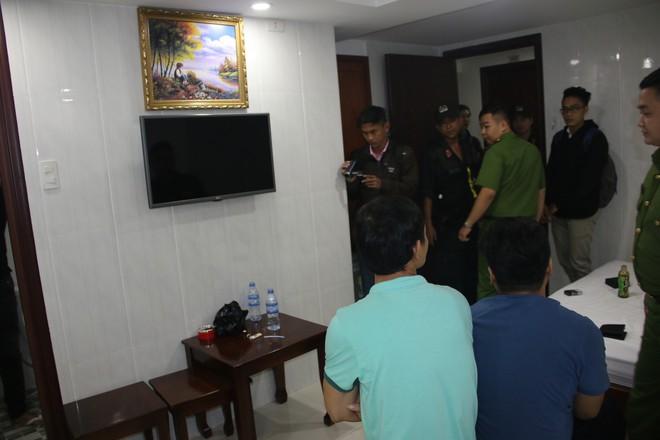 Nhiều nam nữ thuê khách sạn nghi phê ma tuý ở Sài Gòn trong ngày 28 Tết nguyên Đán - Ảnh 1.