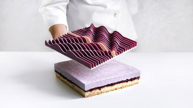 Nhìn chiếc bánh được làm từ công nghệ 3D có lẽ không ai nỡ dùng thìa múc ăn - Ảnh 5.