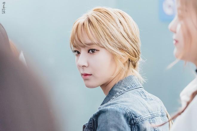 9 idol từng bị SM từ chối: Từ chủ tịch JYP cho đến IU, Hứa Giai Kỳ của TXCB 2 thi trượt cũng không bất ngờ bằng một vocal tài năng bị từ chối đến 15 lần - ảnh 2