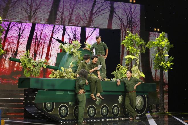 Cười xuyên Việt: Nhóm hài xuất sắc đến mức được khen ngợi như U23 Việt Nam - Ảnh 5.