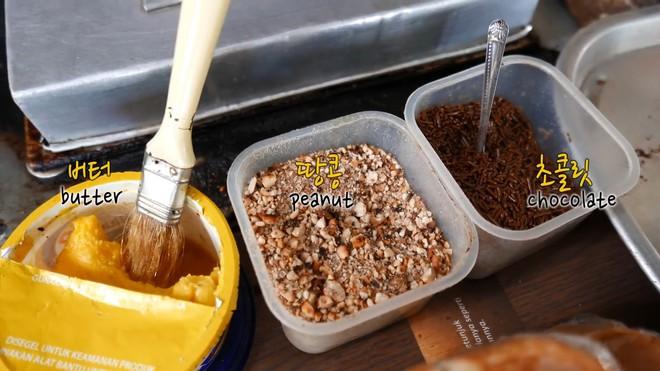 Món bánh Pukis truyền thống ở Indonesia, fan hảo ngọt nhìn thấy là phát mê ngay - Ảnh 1.