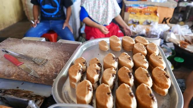Món bánh Pukis truyền thống ở Indonesia, fan hảo ngọt nhìn thấy là phát mê ngay - Ảnh 8.
