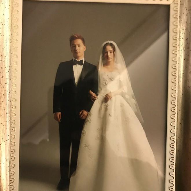 Tiệc cưới xa hoa của Taeyang: Cô dâu chú rể cuối cùng đã lộ diện, G-Dragon, T.O.P cùng dàn sao siêu sang đổ bộ - Ảnh 2.