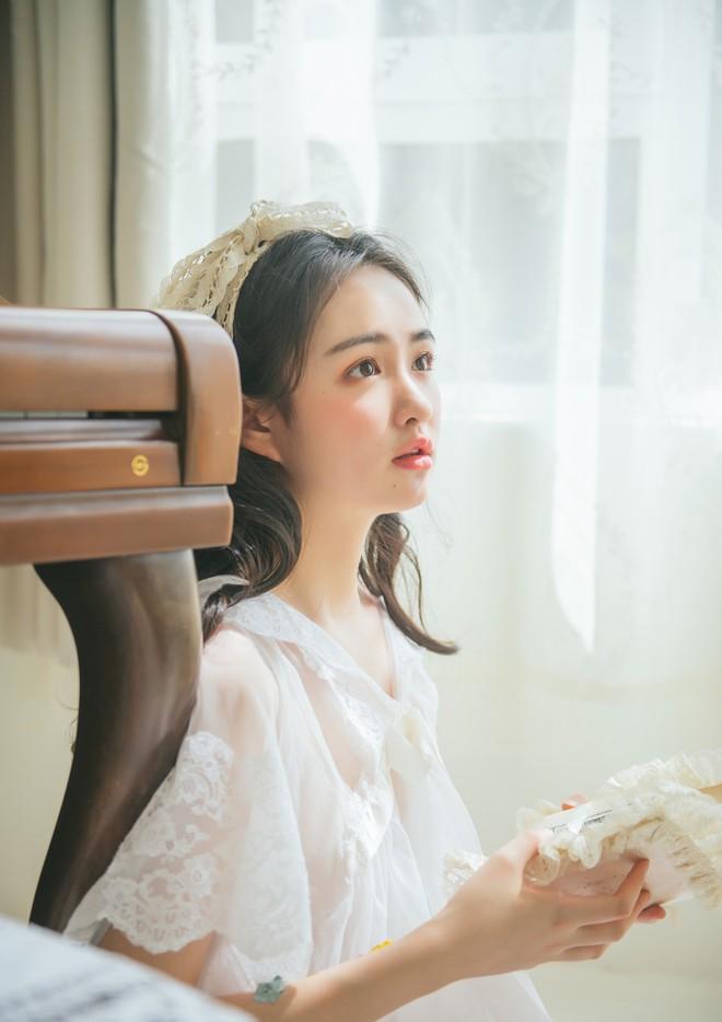 Cô bạn Trung Quốc mặt tròn, má phính mà vẫn cực xinh - Ảnh 4.