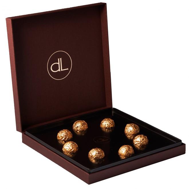 Choáng với quà Valentine chỉ hội nhà giàu mới dám mua tặng, có món quà lên tới 34 tỷ đồng - Ảnh 1.
