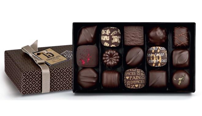 Choáng với quà Valentine chỉ hội nhà giàu mới dám mua tặng, có món quà lên tới 34 tỷ đồng - Ảnh 2.