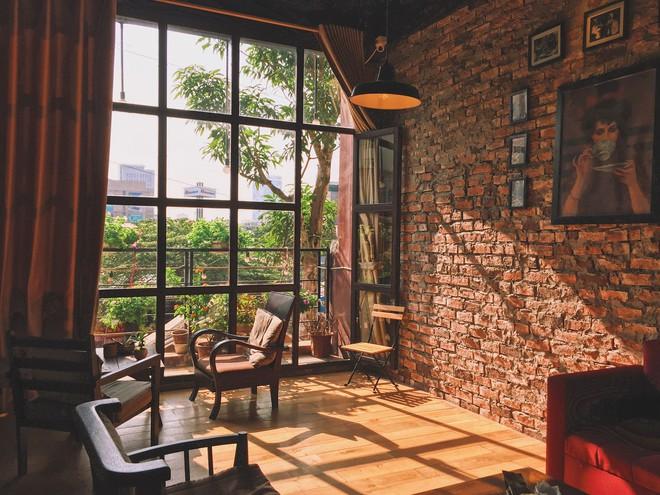 """Tránh rét trong những ngày Hà Nội """"lạnh chết đi được"""" ở 4 quán cafe rất xinh - Ảnh 22."""
