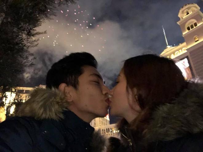 Đăng ảnh đón năm mới bên Phan Hiển, Khánh Thi hạnh phúc thông báo đang mang thai lần 2 - Ảnh 2.