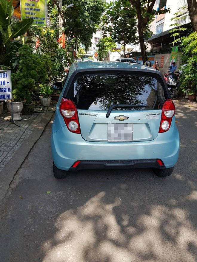 Bắt tài xế Uber dùng dao cướp tài sản cô gái ở Sài Gòn sau 6 giờ gây án - Ảnh 2.