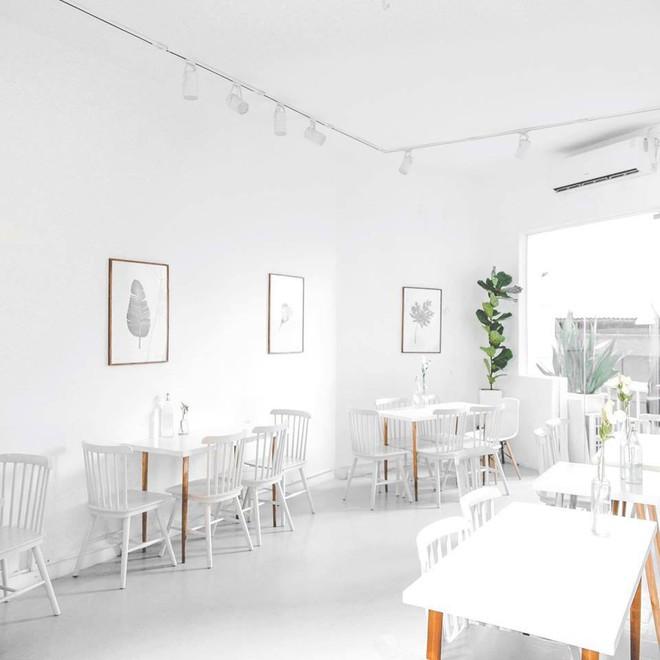 """4 quán cà phê view đẹp, đồ ăn ngon và ngay trung tâm Sài Gòn cho """"team lười đi xa"""" - Ảnh 2."""