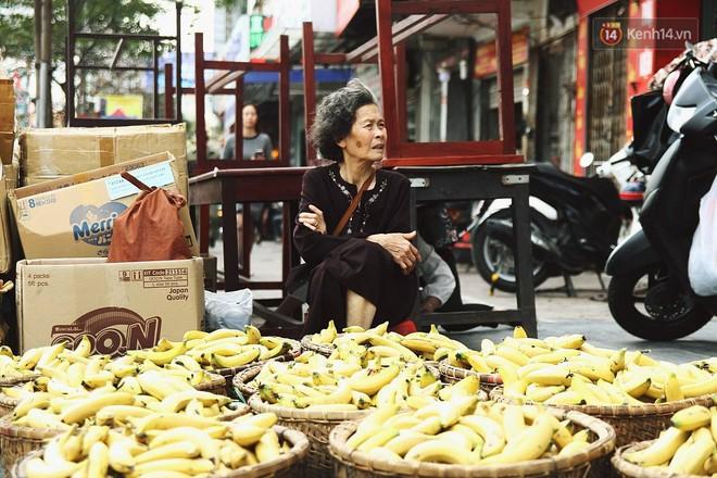 Cấm 1 làn đường trước chùa Phúc Khánh cho người dân ngồi dự lễ cầu an lớn nhất năm 2