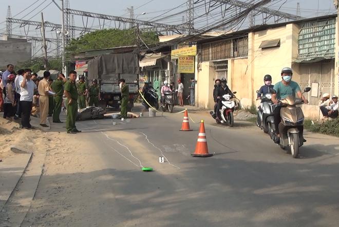 Cô gái 20 tuổi chết thảm dưới bánh xe tải trên đường phố Sài Gòn - Ảnh 1.