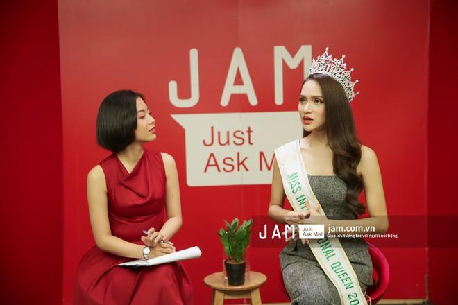 Hương Giang nói về lời chúc mừng của nghệ sĩ Trung Dân, Trang Trần: Đó là sự văn minh - Ảnh 9.