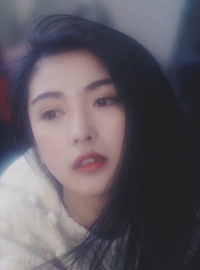 Cô bạn Trung Quốc sở hữu nét đẹp được ví như các mỹ nhân TVB thập niên 90 - Ảnh 3.