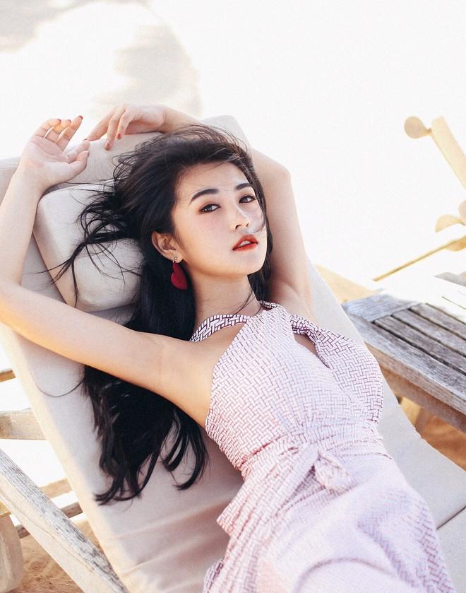Cô bạn Trung Quốc sở hữu nét đẹp được ví như các mỹ nhân TVB thập niên 90 - Ảnh 9.
