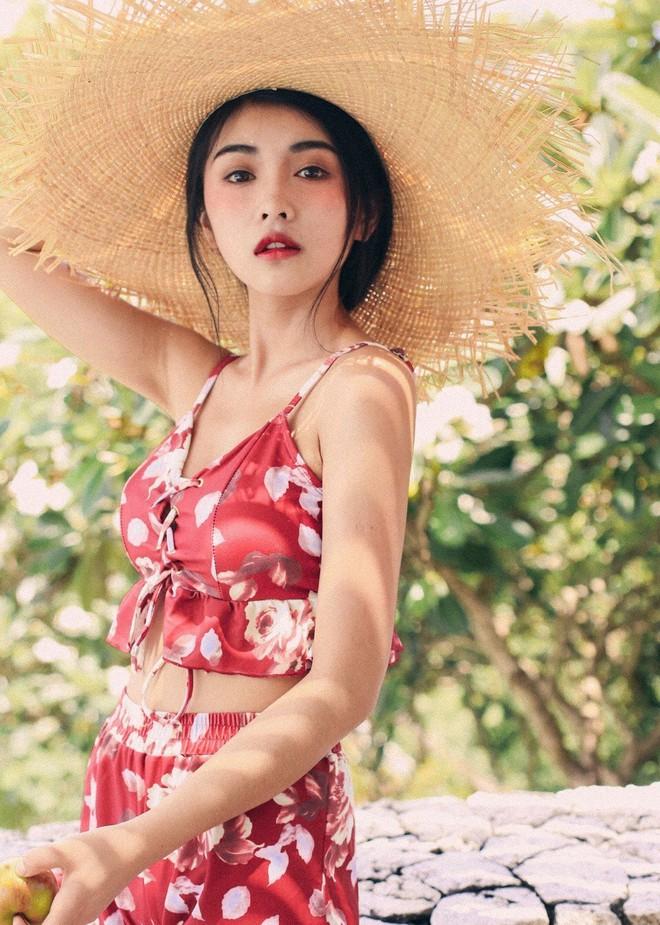 Cô bạn Trung Quốc sở hữu nét đẹp được ví như các mỹ nhân TVB thập niên 90 - Ảnh 8.