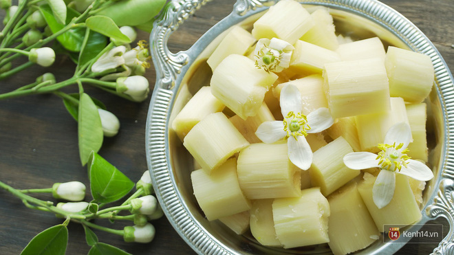 Mùa hoa bưởi phủ trắng phố phường, nhưng được mấy người biết đến các món ăn với hoa bưởi này? - Ảnh 9.