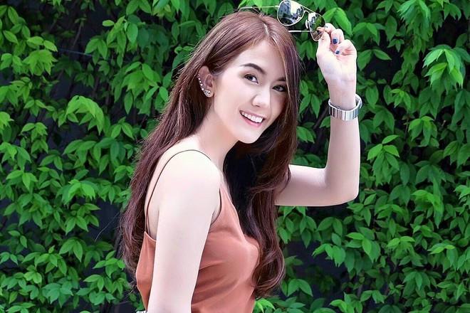 Cặp đồng tính nữ Thái Lan chưa bao giờ hết hot vì đã đẹp là phải đẹp cả đôi - Ảnh 2.