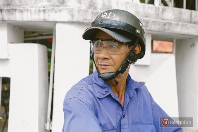Ông Dũng, tài xế xe ôm vẫn nhớ như in ngày xảy ra vụ cháy thảm khốc ở toà nhà ITC vào 16 năm trước.