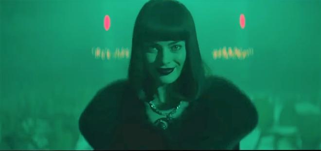 """""""Harley Quinn"""" Margot Robbie vừa đẹp vừa điên bất chấp trong Terminal - Ảnh 5."""